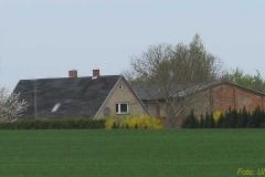 Ehemalige Büdnerei in der östlichen Feldmark der Gemeinde.