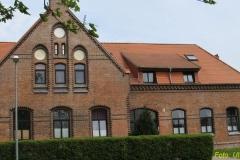 Das zentrale Gebäude der Domäne, das Gutshaus.
