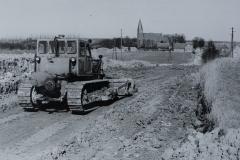 Bau der Verbindungsstraße Steffenshagen Kröpelin im Jahr 1972.